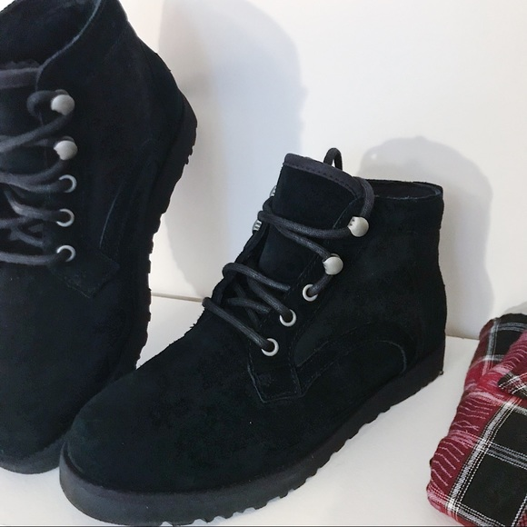 UGG Shoes | Black Bethany Chukka Boots | Poshmark